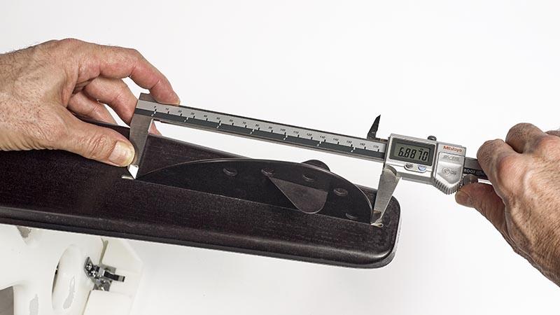 caliper measuring FL fin length